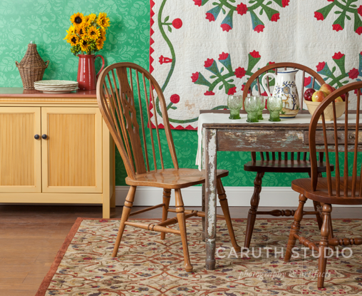 Country style dining room detail