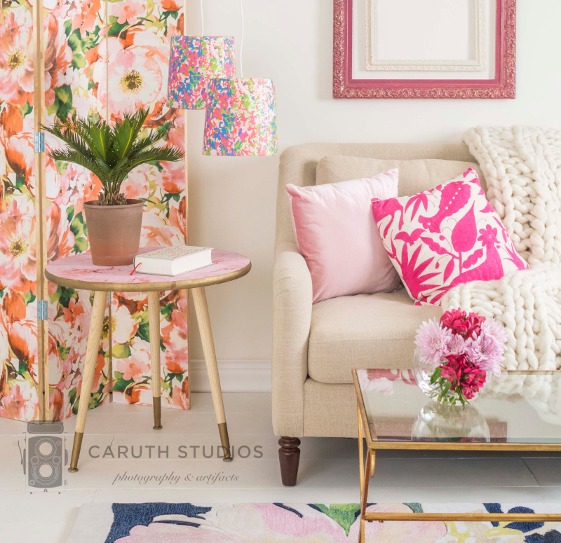 Living room wallpaper projects